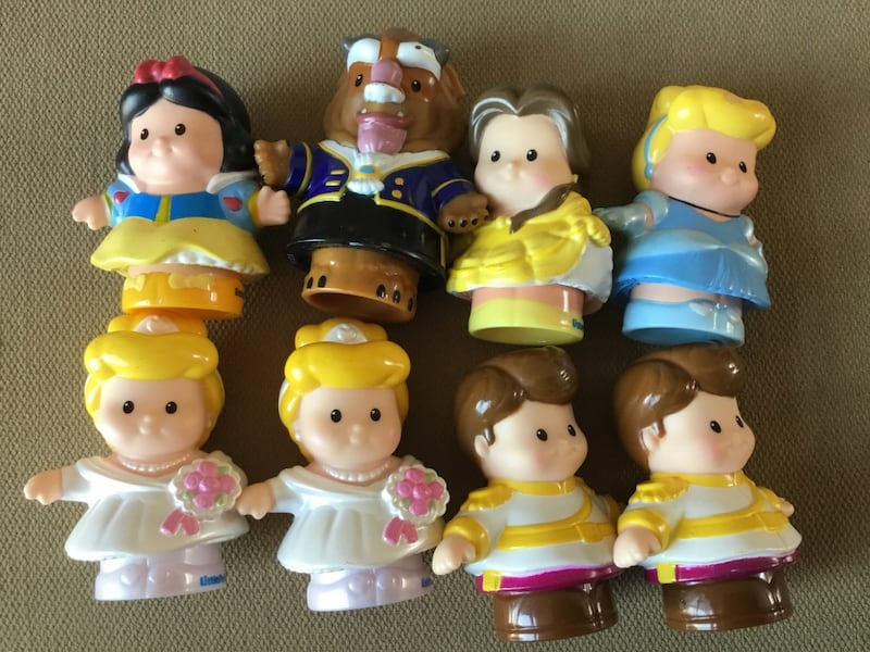Fisher Price Little People Disney Princess Castle with (8) Figures 0293cf0f-9f65-4c92-a6be-4520db85fb6c