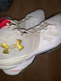 Curry 2 for sale
