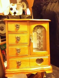 2 Jewelry box Sevierville, 37876