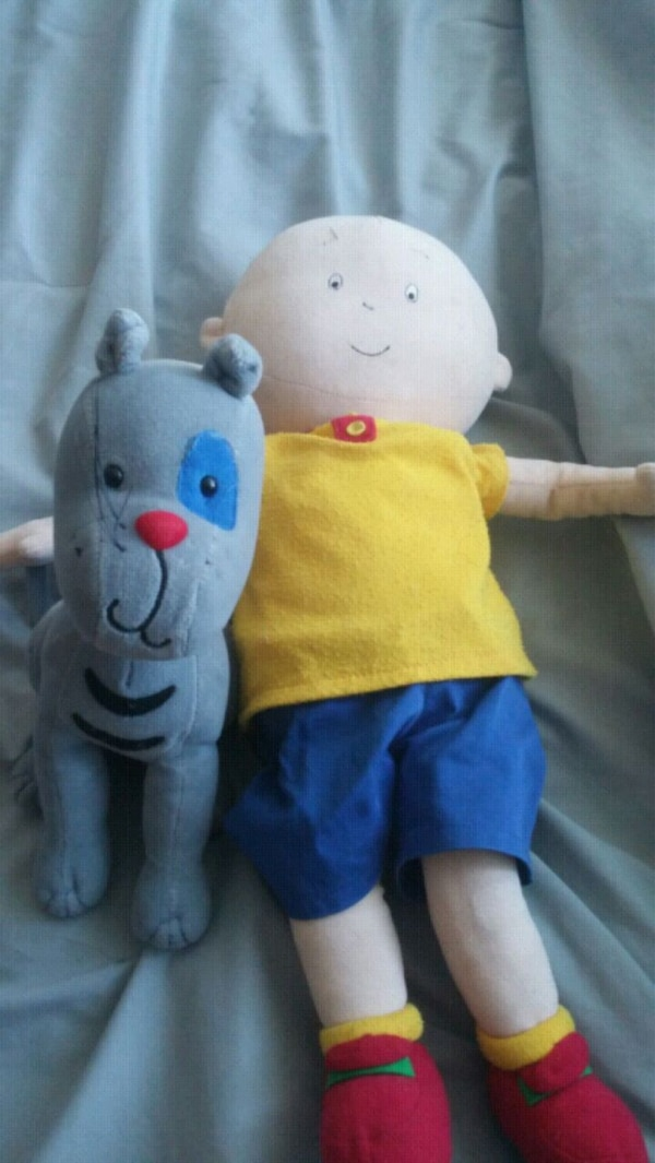 Cailou and Gilbert. Cailou needs new batteries.