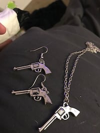 Gun necklace and earring set  Tucson, 85710