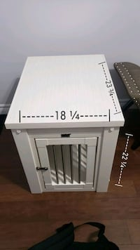 Small Dog Crate/End Table  Waterloo, N2L 4G1