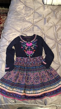 Size 9-10 Y Monsoon England girls shirt and skirt in a good condition Toronto, M5M 2J3