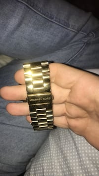 Women's MK watch. Only worn maybe 5 time   371 mi