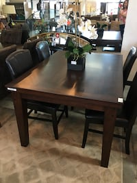 Dining Table + 4 Chairs  Henderson, 89123