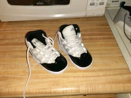 Toddler sneakers and infant sneakers