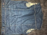 Guess denim vest great condition Itasca, 60143