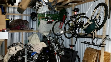 Entire Storage Unit For Free - Just take ownership of the room.