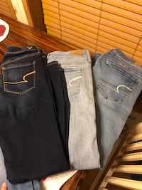 Size 10 American Eagle Jeans  Bunker Hill, 25413