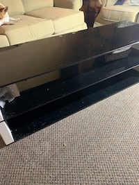Tempered glass 3tiers also 4drawer dresser 50dollars each