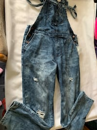 Forever 21 overalls size 26 Toronto, M1P 2P9