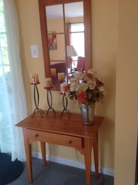 Entry Table and Window Frame Mirror