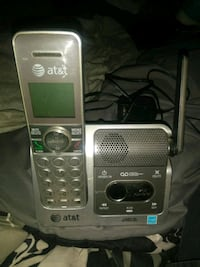 AT&T phone with answering machine  Midwest City