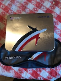 United Airlines Box with Air Travel items, used by Olympic team.