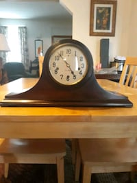 Antique mantle clock maker is New Haven Waynesboro, 17268