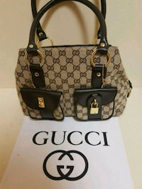 Gorgeous  Gucci  bag  with  lock  and  key  Whitby, L1N 8X2