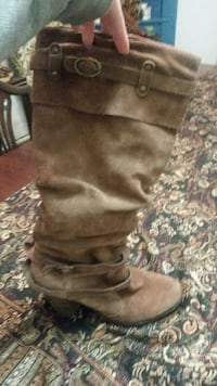 Size 8 suede boots with buckle detail