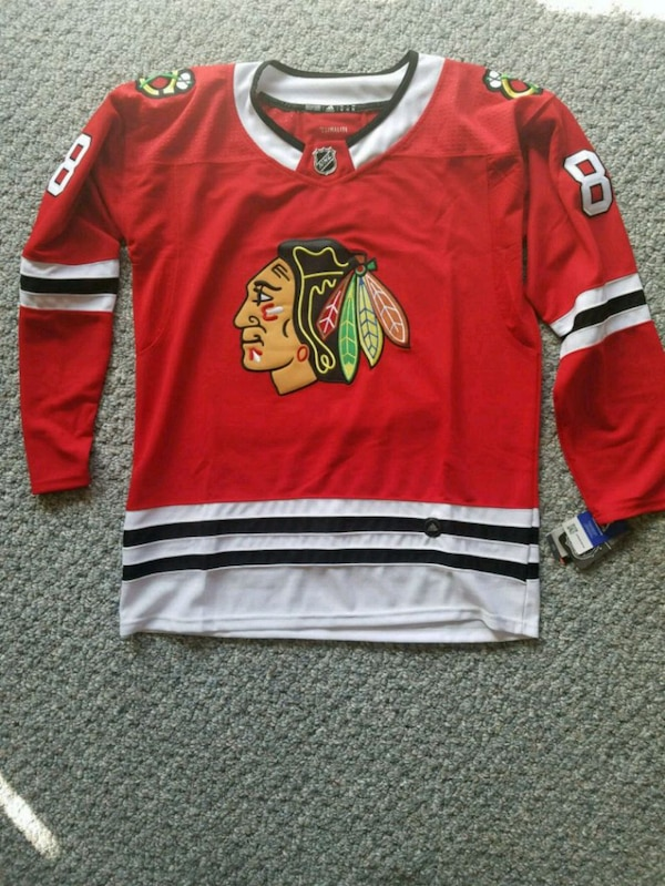 new concept 07e99 1079c Chicago Blackhawks Jersey
