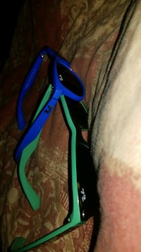 Selling my Ray bans  Calgary, T2A 0Y6