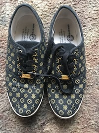 Women shoes size 8.5 West Valley City, 84119