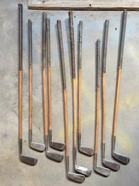 Unbranded 1940's wood shaft putters.  Richmond, 77469