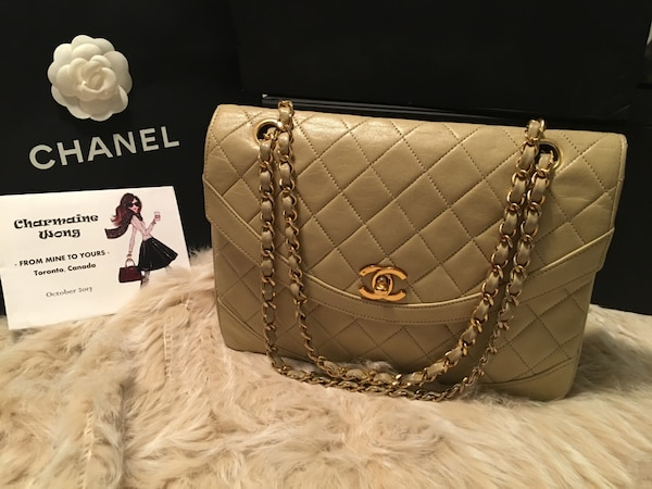 dcdcc5d06252 Used Vintage Chanel Lambskin Diana Flap for sale in Toronto - letgo