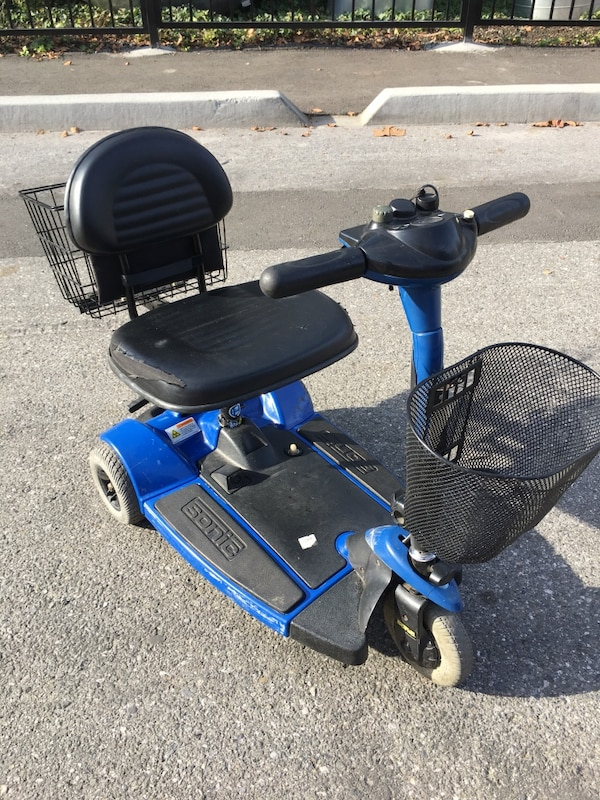 Pride Mobility SC50 Sonic Scooter cf4fd864-d3ae-4a64-b9db-041e6d2198c2