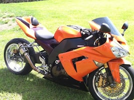 "2004 non governed ZX10 with 10"" stretch chrome wheels."
