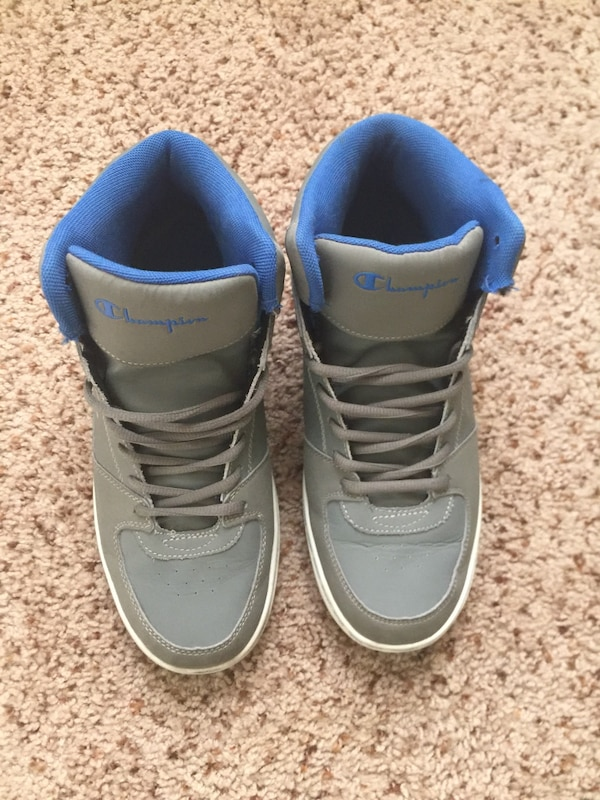 6a060528b357e Used Pair of gray champion shoes for sale in Atlanta - letgo