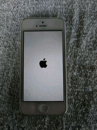 Iphone 5 in great condition Fort Myers, 33908