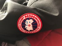 Canada Goose jacket extra small in size in very good condition  Hamilton, L8N 1H2