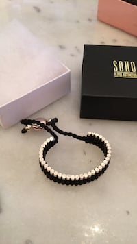 Links of London style bracelet  779 km