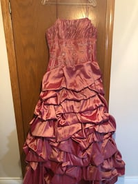 Women's prom or evening dress Laval, H7M 2E8