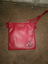 red Nine West leather crossbody bag San Diego, 92154