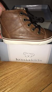 Brand new koala kids brown leather like high tops size 6 Chicago, 60659