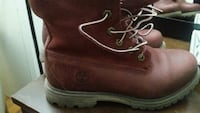 Pair of Womens Timberland boots Barrie, L4M 3Z1