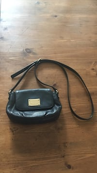 Michael Kors Black leather purse in excellent condition