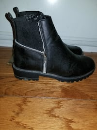 Womens boots null