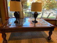 Coffee table and lamps Toronto, M3M 1S1