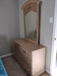 Dresser (with mirror), matching side table Oakville