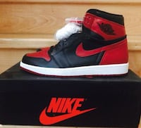 Unpaired red and black air jordan 1 on box San Diego, 92126