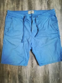 Bench. Shorts - Size 30