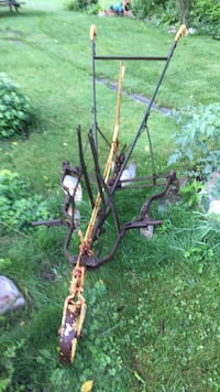 black and brown compound bow New Tecumseth, L0G