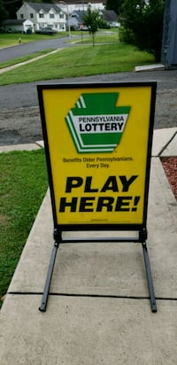 PA LOTTERY OUTSIDE SIGN NICE CONDITION