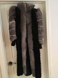 Mink and silver fox fur coat perfect condition  Laval