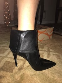 Brand new leather boots size7 New York, 11414