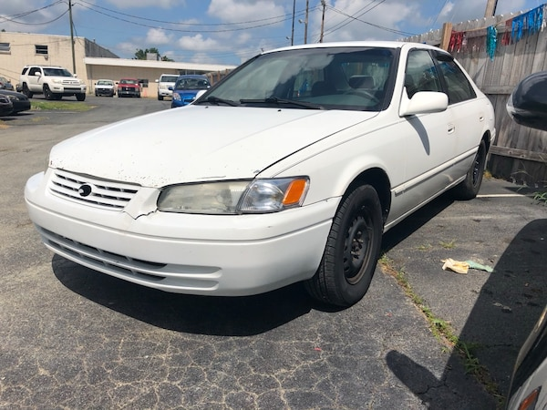 AB Cars 99 Toyota Camry cold AC $500 down!!