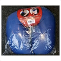 Travel Pillow with built-in LED light Toronto, M1V 5E4