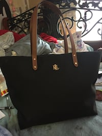 """Mint condition Ralph Lauren """"tote bag"""" with attachable makeup brush bag!! , V3Y 2G1"""