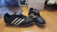Adidas cleats!! Size 6! Wore for 1 summer of rugby Montréal, H9K